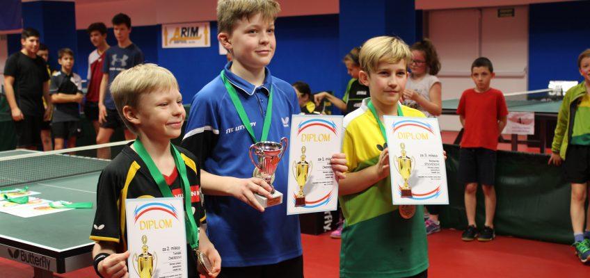 Stolní tenisté získali cenné kovy na okresních přeborech